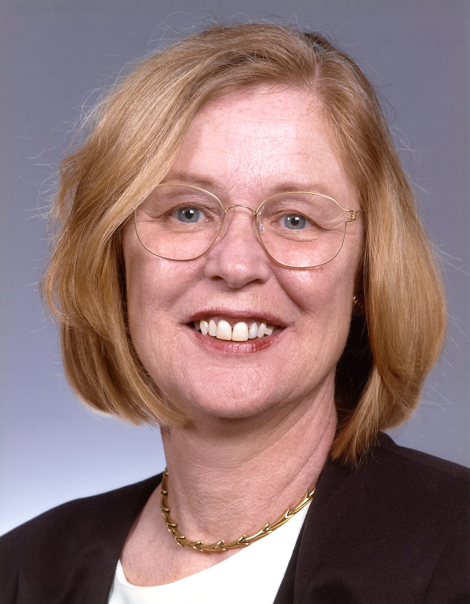 Christine Russell (2003-2004)