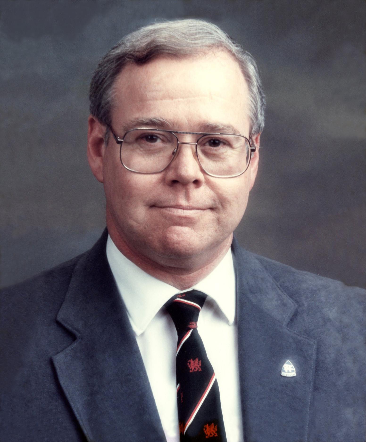 Kenneth Harris (1993-1994)